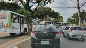 Cruzamento da Praça do Cruzeiro com Rua 90 é interditado para obras do BRT