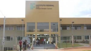Senador Canedo recebe ministro Weintraub para inauguração de campus do IFG