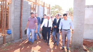 Prefeitura retoma quarta obra de CMEI, em Goiânia