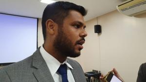 Mais próximo de Iris, Romário Policarpo deve desistir de disputar a Prefeitura de Goiânia