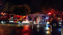 Bombeiros combatem incêndio em centro espírita em Goiânia
