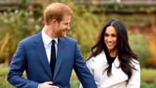 "Rainha Elizabeth II se pronuncia sobre Meghan e Harry: ""Respeitamos e entendemos"""