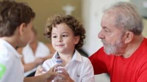 Neto do ex-presidente Lula, de 7 anos, morre em SP com meningite bacteriana