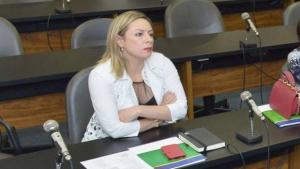 Petistas reclamam de Adriana Accorsi, que não atende os aliados e desaparece