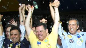 Aécio Neves vem a Goiás para a filiação de José Eliton ao PSDB
