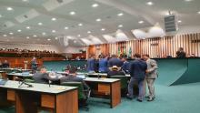 Primeira sessão do ano tem 33 vetos da governadoria na pauta