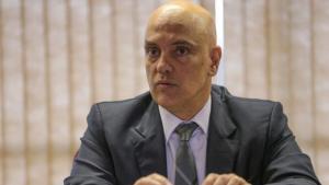 Alexandre de Moraes se reúne com Cármen Lúcia no STF