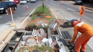 Prefeitura realiza obras para aumentar escoamento de água da chuva em Anápolis