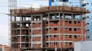 Emprego na indústria da construção alcança maior nível em sete anos