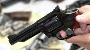 MPF em Goiás ajuíza ação e aponta ilegalidade em novas regras para posse de arma