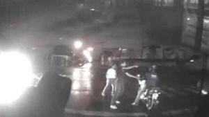 Câmera de ônibus flagra assalto. Veja vídeo