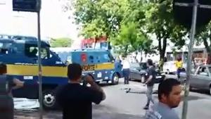 Dois morrem em tentativa de assalto a carro-forte, no Jardim América