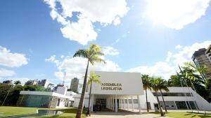 Projeto de lei estabelece porcentual de funcionários idosos em empresas goianas