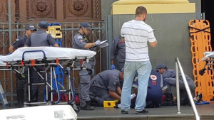Homem invade igreja em Campinas e atira contra fiéis