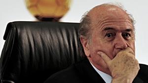 Reeleito presidente, Blatter diz que sua missão é colocar Fifa no caminho