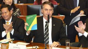 Bolsonaro tem até esta sexta-feira (16) para explicar prestação de contas da campanha