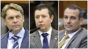 Deputados do PMDB divergem sobre apoio a impeachment de Dilma Rousseff