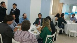 Buonaduce se reúne com advogados em São Simão