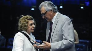 Ronaldo Caiado quer Lúcia Vânia na chapa, mas tempo de TV e estrutura não agradam a senadora
