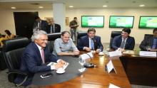 Governador anuncia voo comercial entre Rio Verde e São Paulo