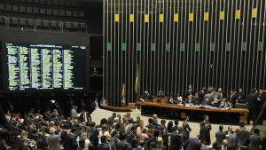 Câmara aprova MP da reforma do ensino médio com inclusão de sociologia e filosofia