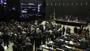 Câmara aprova MP que facilita renegociação de dívida dos estados com a União