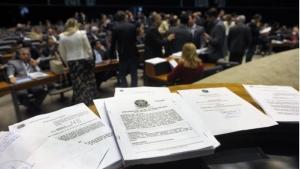 Entidades apontam censura em emenda que permite retirada de conteúdo da internet