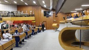 Câmara Municipal inicia ano legislativo com projetos polêmicos em pauta