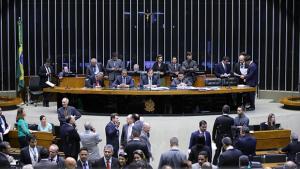Câmara tenta, mais uma vez, votar projeto de renegociação da dívidas dos estados