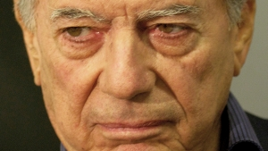 Mario Vargas Llosa mostra que a cultura está a serviço do espetáculo