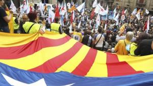 Espanha assumirá controle da Catalunha caso resposta sobre independência seja ambígua