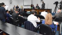 Sem quórum, CCJ suspende votação do projeto de encampação da Enel