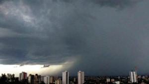 Possibilidade de chuvas no fim de semana em Goiás chega a 90%