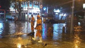 Chuva deixa 5 mortos no Rio e prefeito decreta luto oficial