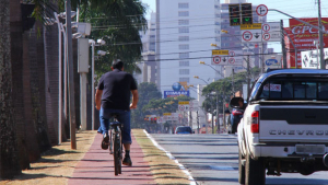 Prefeitura inaugura novos trechos de ciclovia em Goiânia