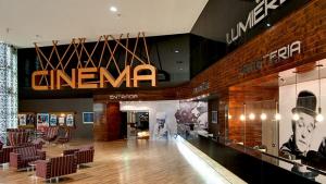 Interdição do cinema revela briga entre Shopping Bouganville e rede Lumiére