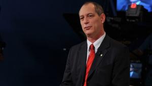 Advogados pedem punição a Ciro Gomes por ameaça a Sérgio Moro