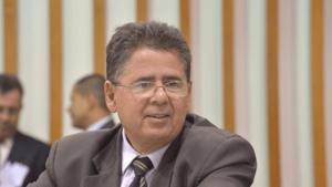 Cláudio Meirelles critica comportamento de Amauri Ribeiro e Polícia Legislativa intervém