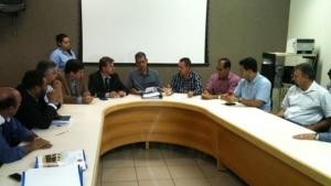 Prefeitura volta atrás, propõe reajuste de 39,8% e CCJ aprova aumento do IPTU/ITU