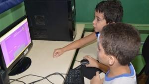 Prefeitura vai instalar internet e TV a cabo em 190 escolas municipais