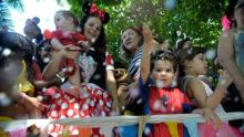 Com apoio do Sesc, bloco PEQUIninos reúne crianças para festejar carnaval 2020, em Goiânia