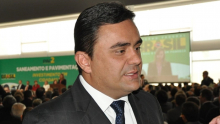 MP aciona prefeito de Luziânia, Cristóvão Tormin, por contratação de servidor fantasma