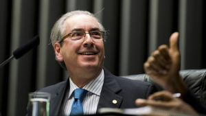 Como Dilma, Cunha manterá benefícios da presidência da Câmara enquanto estiver afastado
