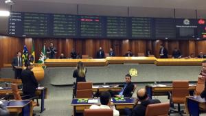 Câmara aprova Refis com emenda para grandes devedores de impostos