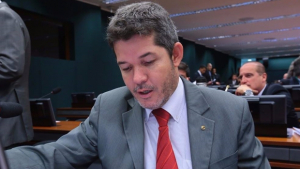 """Delegado Waldir: """"Só queria ser reconhecido e valorizado no PSDB"""""""
