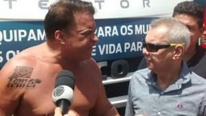 Deputado federal Wladimir Costa tatua nome de Temer no ombro