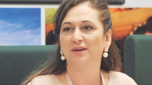 Senadora Kátia Abreu vai a Gurupi e vê o caos na saúde