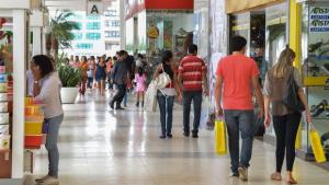 Dia dos Pais deve gerar R$ 16,8 milhões de faturamento em Goiás