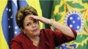 TCU aponta possibilidade de rejeição e adia análise das contas de Dilma