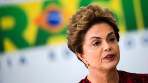 """""""Este é um governo neoliberal e neofascista e isso incomoda a direita mais civilizada"""", diz Dilma Rousseff"""